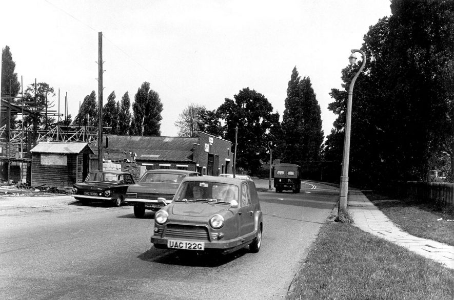 Millers Road, Warwick, with hospital grounds to the right.  1960s   IMAGE LOCATION: (Warwickshire County Record Office)