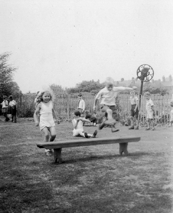 Children playing at Polesworth Central Infants school.  1942 |  IMAGE LOCATION: (Warwickshire County Record Office)