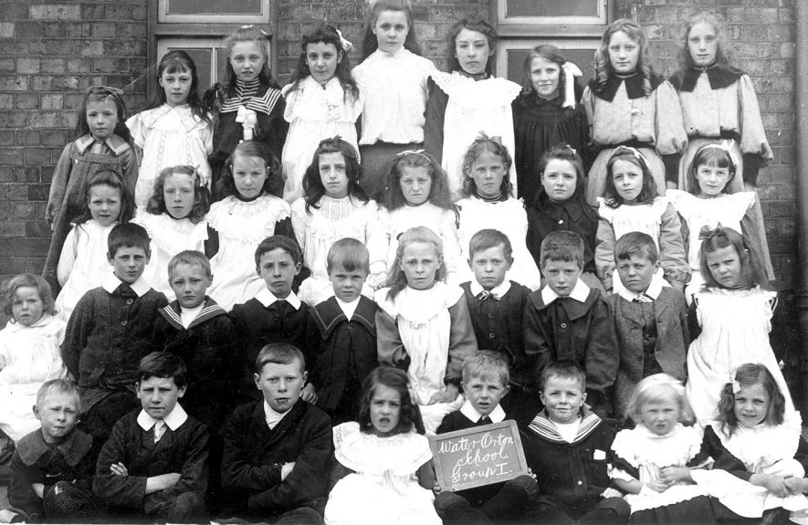 Water Orton school, group 1 class photograph.  1900s |  IMAGE LOCATION: (Warwickshire County Record Office)