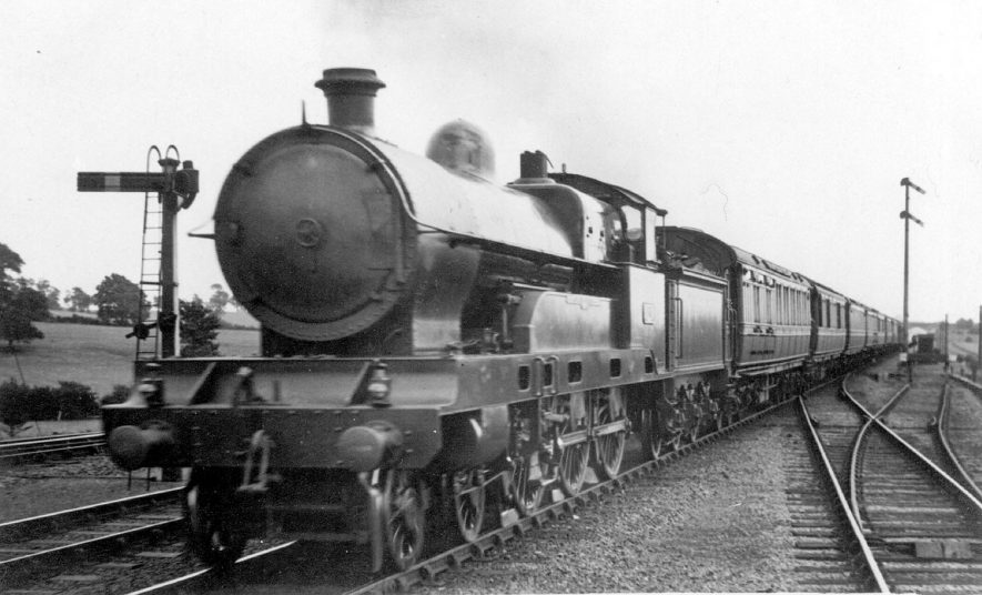 The L.N.W R down express engine at Shilton.  1921 |  IMAGE LOCATION: (Warwickshire County Record Office)