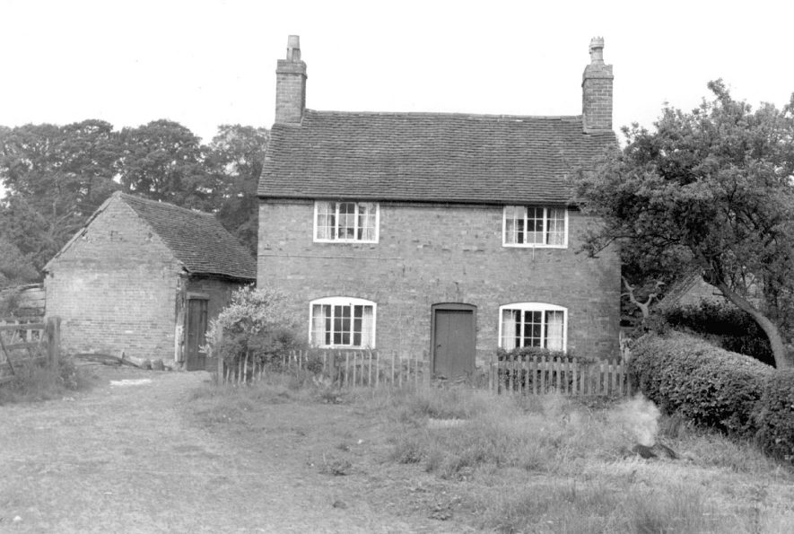 The Cottage, Lower Green, Shustoke which was demolished in 1967. |  IMAGE LOCATION: (Warwickshire County Record Office)