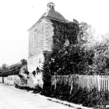 Cubbington.  Dovecote