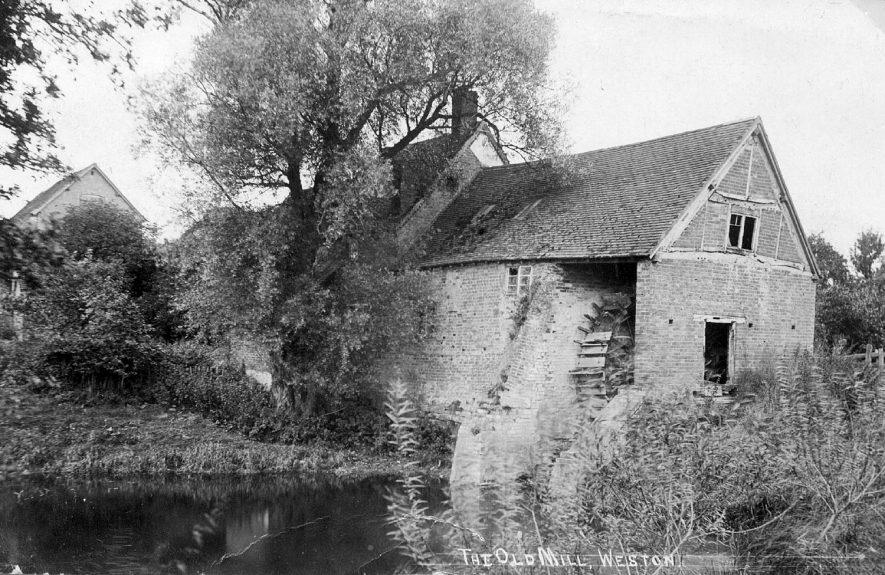 Weston Mill (now demolished), Weston under Wetherley.  1910s