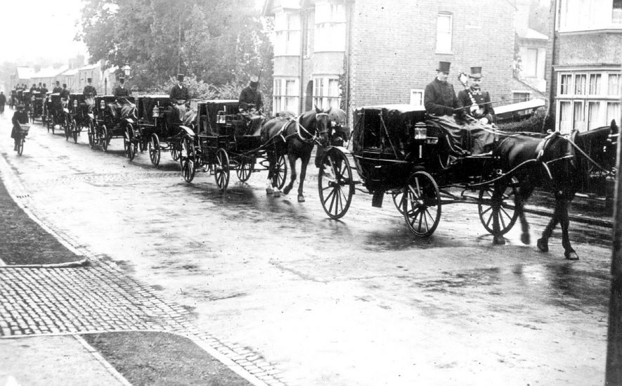 Funeral procession of Mr. W.W. Donald of Leamington Spa.  Circa 1920 |  IMAGE LOCATION: (Warwickshire Museums. Photographic Collections.)