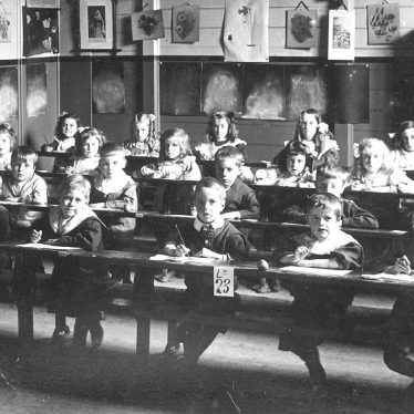 Leamington Spa.  School photograph