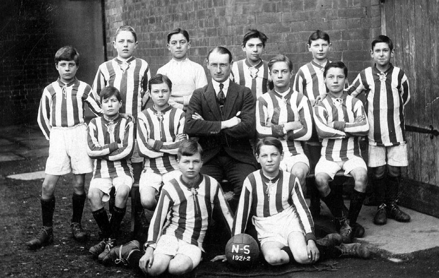 National School football 1st XI, Leamington Spa. Winners of Schools Challenge Cup 1921-22. L-R Threadkell, Welsh, Wright, Griffin, T., Bromley, Thomson, Middleton, Whittle, Mr. Underwood, Noon, Handy, Brassington,Griffin, F. 1922 |  IMAGE LOCATION: (Warwickshire Museums. Photographic Collections.)