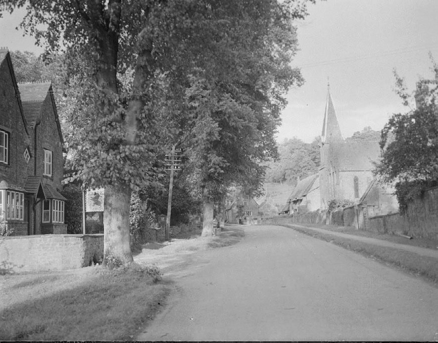 Avon Dassett, including Red Lion pub and church.  1955    IMAGE LOCATION: (Warwickshire County Record Office)