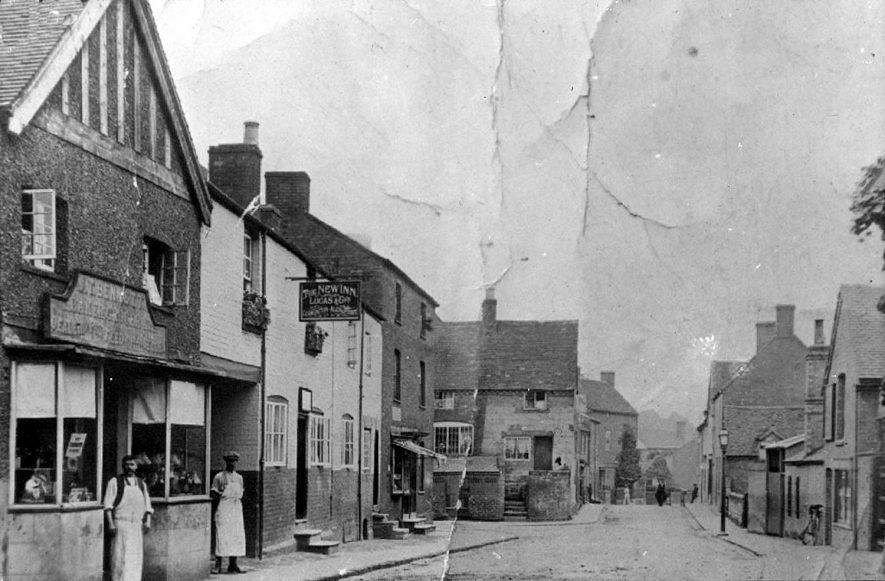 High Street & Queen Street, Cubbington.  1890s    IMAGE LOCATION: (Warwickshire County Record Office)