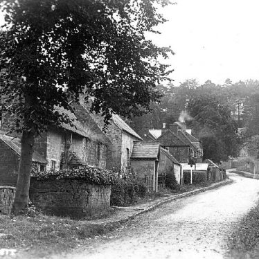 Avon Dassett.  Cottages