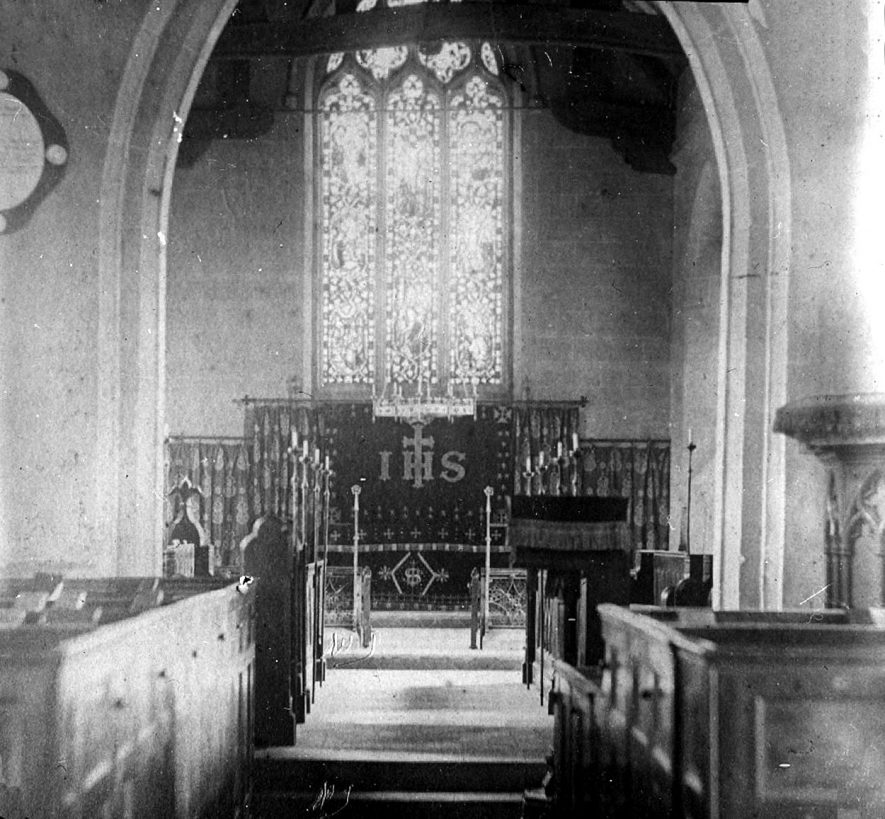 East end of Cubbington church prior to 1887. |  IMAGE LOCATION: (Warwickshire County Record Office)
