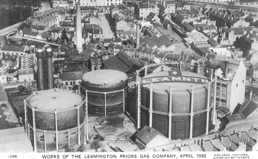 Aerial view of the Leamington Priors Gas Company and surrounding buildings, Leamington Spa.  April 1933    IMAGE LOCATION: (Warwickshire County Record Office)
