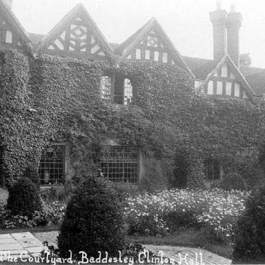 Baddesley Clinton Hall.