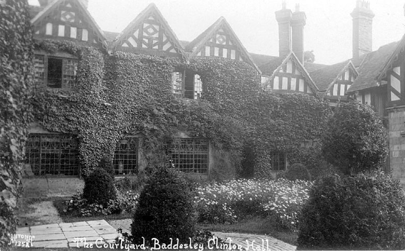 The courtyard, Baddesley Clinton Hall.  1920s |  IMAGE LOCATION: (Warwickshire County Record Office)