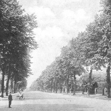 Leamington Spa.  Beauchamp Avenue