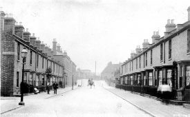 Terraced houses in Clapham Terrace, Leamington Spa.  1900s |  IMAGE LOCATION: (Warwickshire County Record Office)