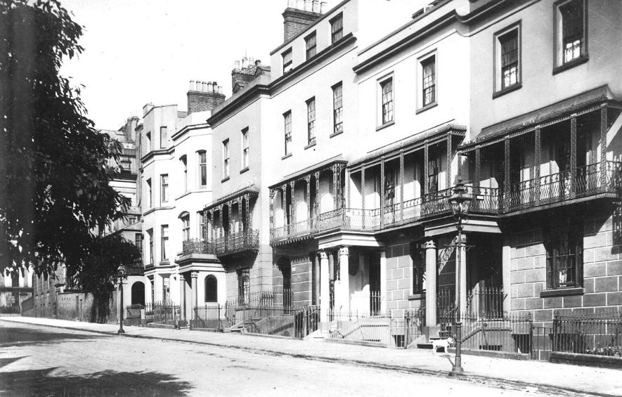 Large terraced houses in Dale Street, Leamington Spa.  1910s |  IMAGE LOCATION: (Warwickshire County Record Office)