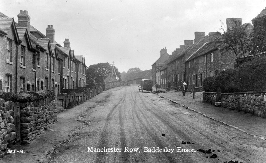 Manchester Row, Baddesley Ensor.  With labourers and motor van.  1910s |  IMAGE LOCATION: (Warwickshire County Record Office)