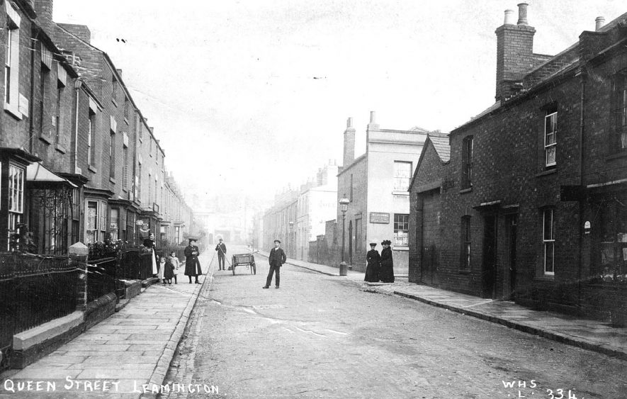 Queen Street, Leamington Spa.  1910s |  IMAGE LOCATION: (Warwickshire County Record Office)
