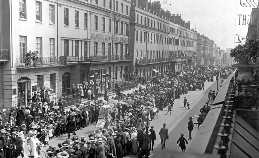 Crowd in The Parade, Leamington Spa, watching a procession.  1920s |  IMAGE LOCATION: (Warwickshire County Record Office)
