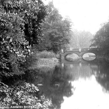 Leamington Spa.  Willes Bridge