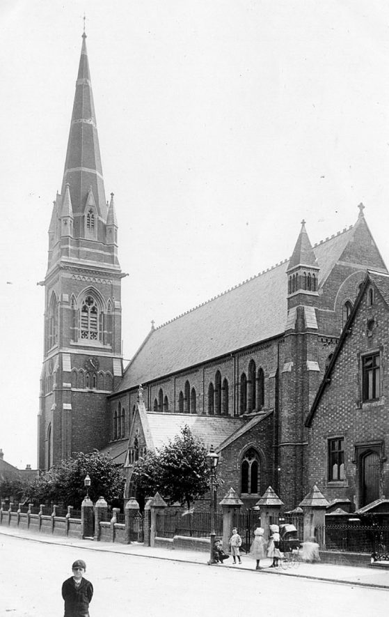 St John's Church in Tachbrook Street, Leamington Spa.  1900s |  IMAGE LOCATION: (Warwickshire County Record Office)