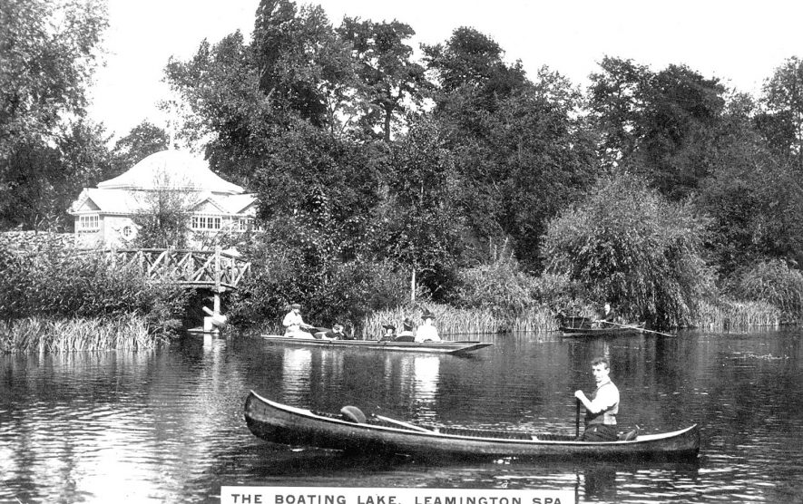 The boating lake, Leamington Spa.  1900s |  IMAGE LOCATION: (Warwickshire County Record Office)