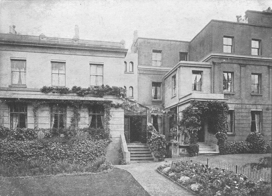 Langton House, Leam Terrace at the beginning of the 20th century |  IMAGE LOCATION: (Warwickshire County Record Office)