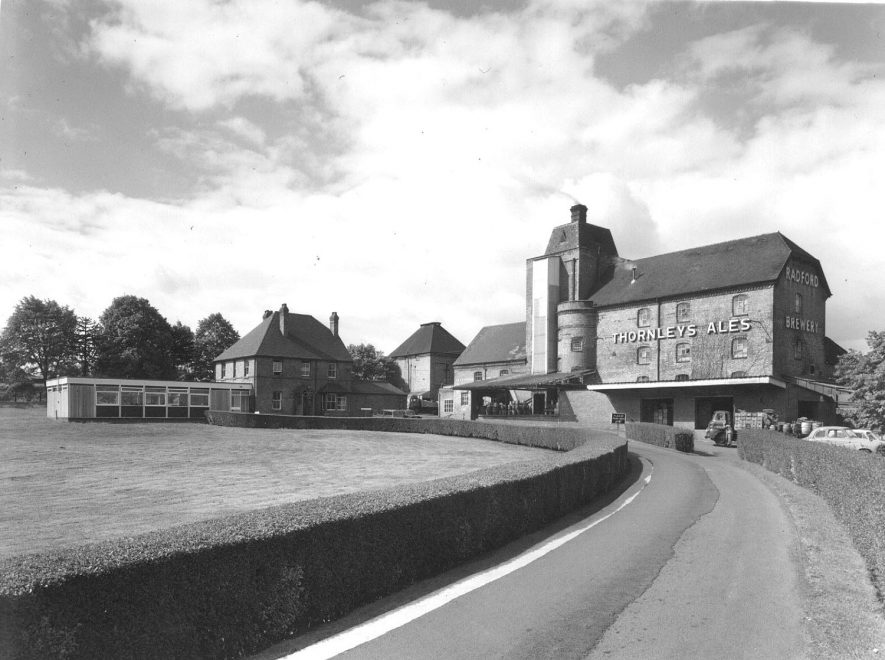 Thornleys Ales, Radford Brewery buildings, Radford Semele.  1960s |  IMAGE LOCATION: (Warwickshire Museums. Photographic Collections.)