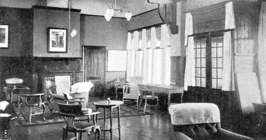 Interior of Leamington & County Golf Club house, Whitnash.  1910s |  IMAGE LOCATION: (Warwickshire Museums. Photographic Collections.)