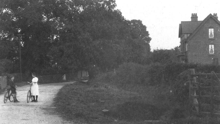 Hoggrill's End, Nether Whitacre.  1910s |  IMAGE LOCATION: (Warwickshire County Record Office)