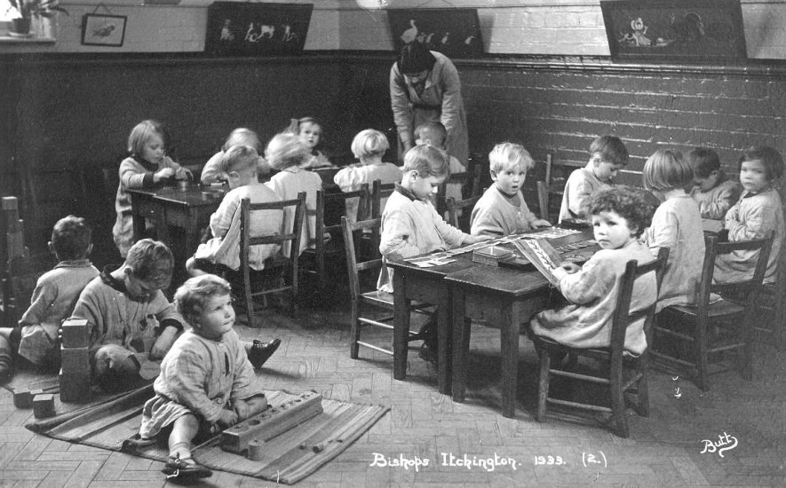 Group of  infants at school in Bishops Itchington.  1933 |  IMAGE LOCATION: (Warwickshire County Record Office)