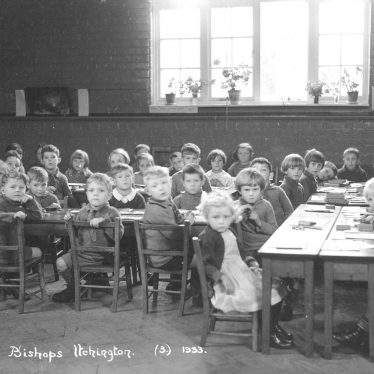 Bishops Itchington.  Infants class schoolchildren