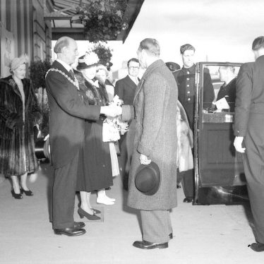 Leamington Spa.  Royal visit of King George VI