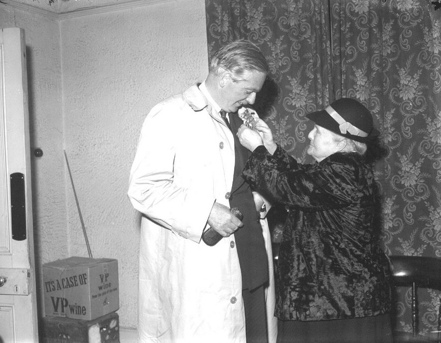 Anthony Eden receives a rosette in Leamington Spa, probably election time 1955 |  IMAGE LOCATION: (Warwickshire County Record Office) PEOPLE IN PHOTO: Eden, Anthony