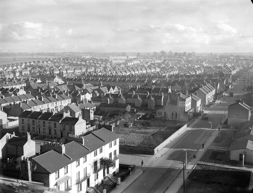View from Brunswick Street flats looking towards Aylesford Street, Leamington Spa.  1957 |  IMAGE LOCATION: (Warwickshire County Record Office)