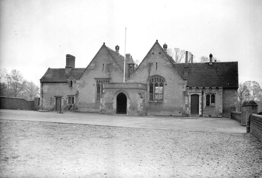 Exterior front view of Cubbington schools, Cubbington.  1938 |  IMAGE LOCATION: (Warwickshire County Record Office)