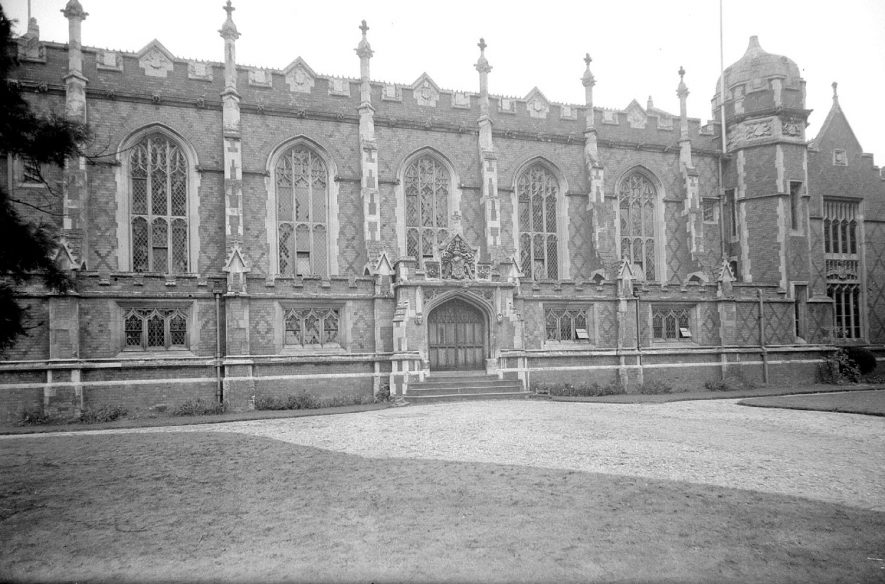 Front of Leamington College, Leamington Spa.  1946 |  IMAGE LOCATION: (Warwickshire County Record Office)