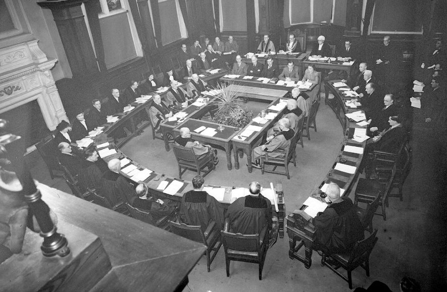Leamington Spa Town Council in session in Council chamber, Leamington Spa.  1949 |  IMAGE LOCATION: (Warwickshire County Record Office)