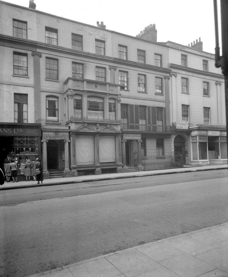 The Upper Parade, Leamington Spa.  1947 |  IMAGE LOCATION: (Warwickshire County Record Office)