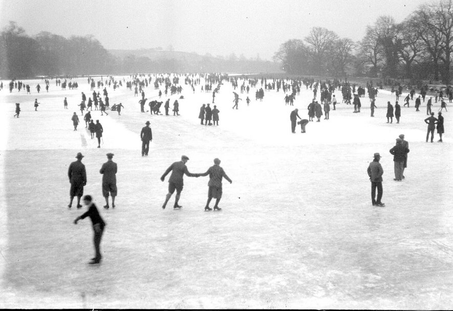 Skating, probably on Welch's meadow, Leamington Spa.  1929 |  IMAGE LOCATION: (Warwickshire County Record Office)