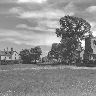 Lillington.  Church and manor
