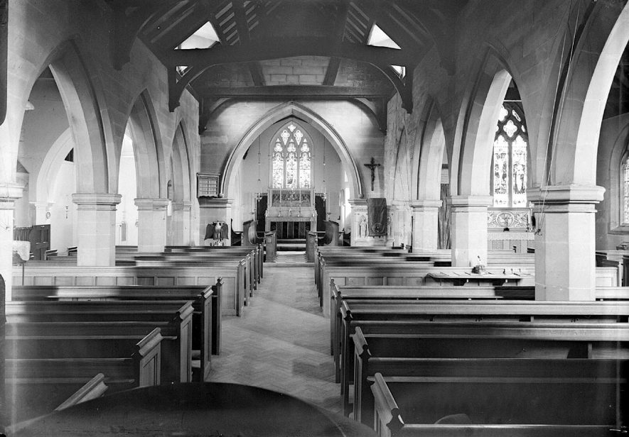 Interior of Lillington parish church looking down nave toward altar. 195914th March 1959. |  IMAGE LOCATION: (Warwickshire County Record Office)