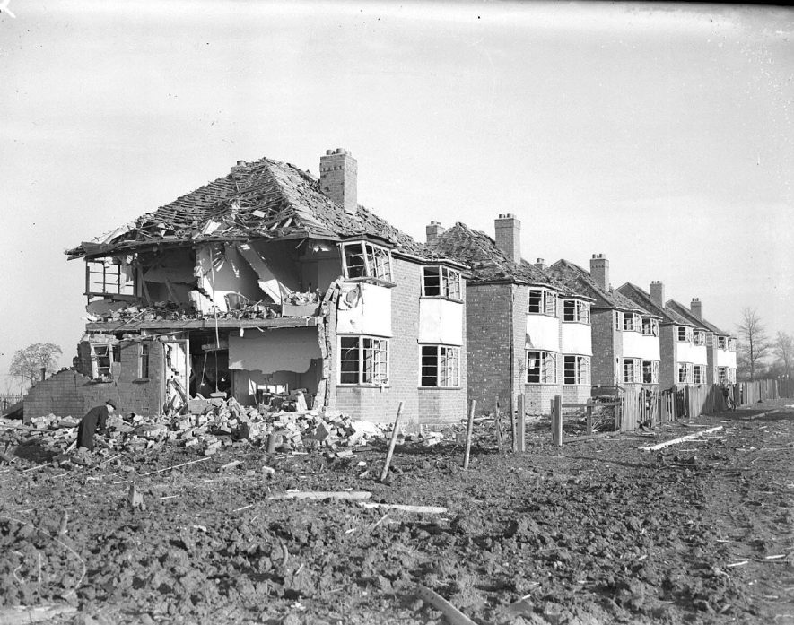 Bomb damaged houses in Lillington.  1940 |  IMAGE LOCATION: (Warwickshire County Record Office)