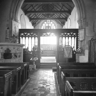 Long Itchington.  Church interior