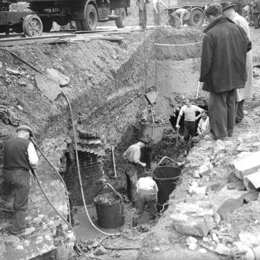 Leamington Spa.  Mill Bridge, excavations