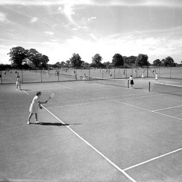 Leamington Spa.  Kingsley School tennis courts
