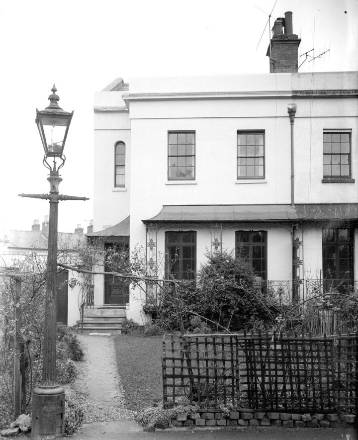 10 Lansdowne Circus, Nathaniel Hawthorne's House, Leamington Spa.  1956