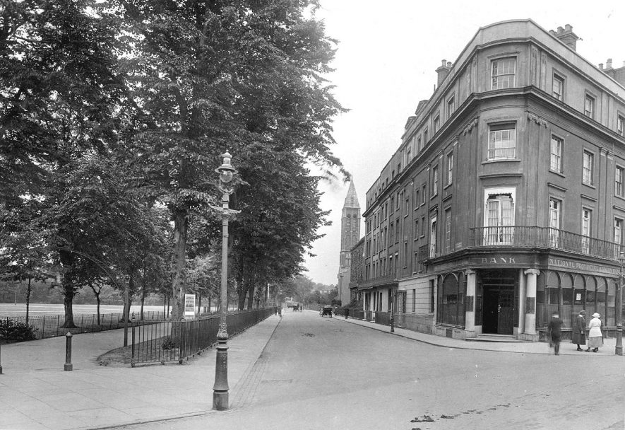 Leamington Spa showing Dormer Place from The Parade.  1920 |  IMAGE LOCATION: (Warwickshire County Record Office)