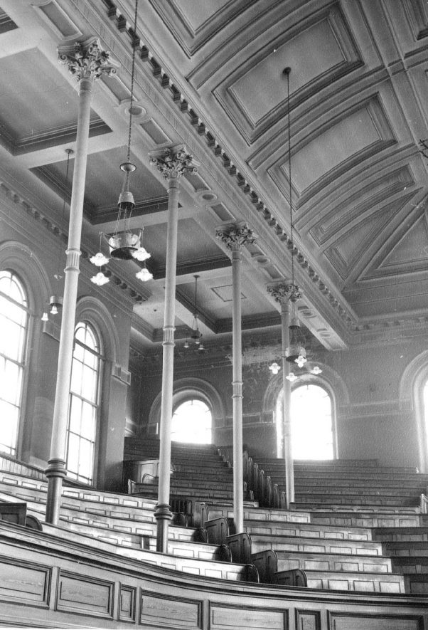 Interior of Dale Street Methodist Church prior to destruction showing the gallery, Leamington Spa.  1969 |  IMAGE LOCATION: (Warwickshire County Record Office)