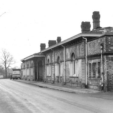 Avenue Road station before demolition, Leamington Spa.  1968 |  IMAGE LOCATION: (Warwickshire County Record Office)